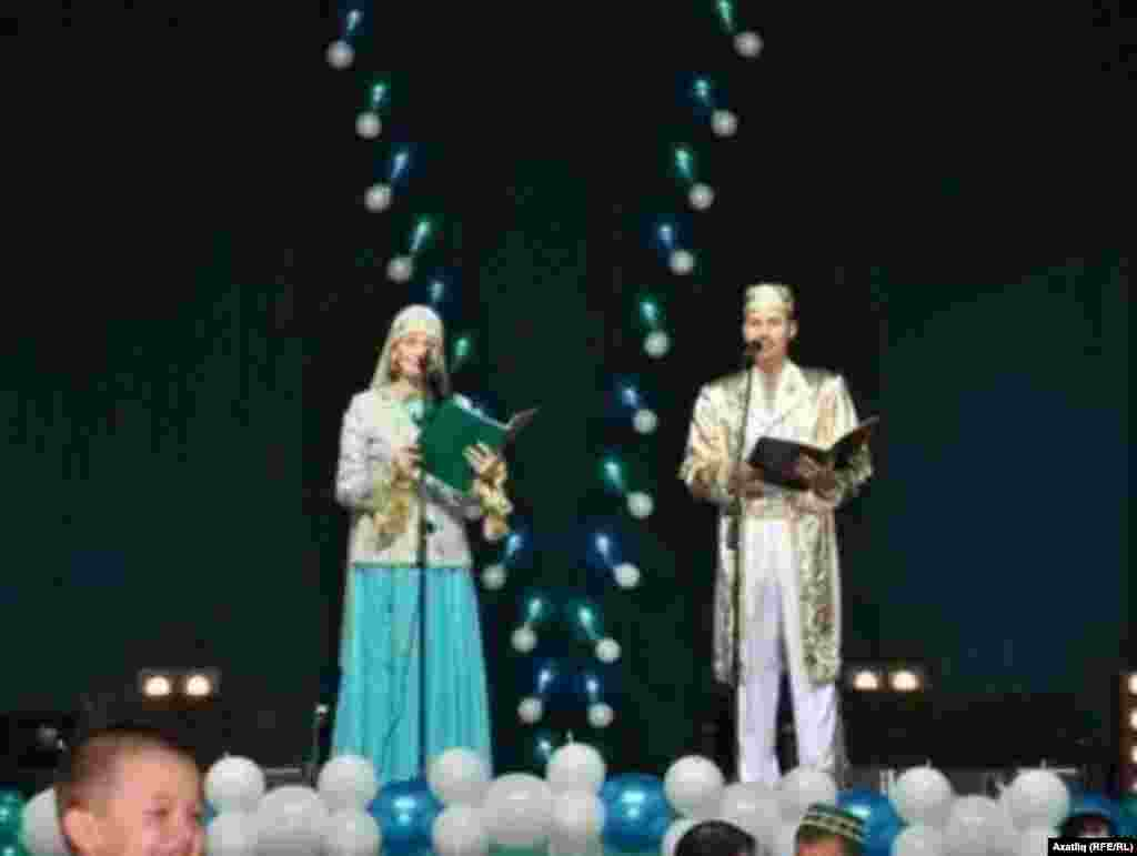 Нәүрүз-2011не Наилә Сабирҗанова һәм Линар Абсаттаров алып барды