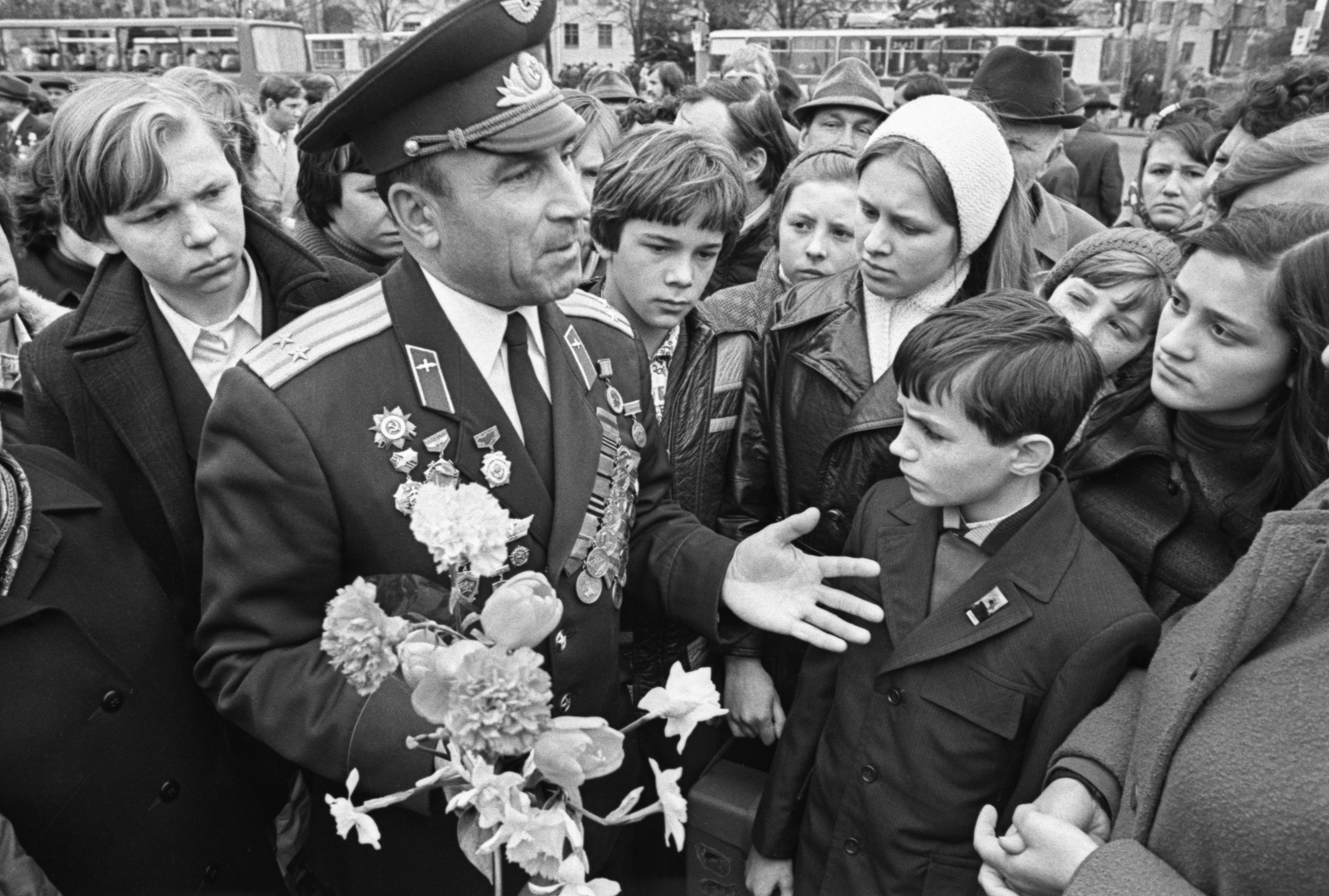 У які дзень у савецкай Беларусі адбываліся штогадовыя вайсковыя парады?