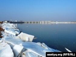 Коксарайское водохранилище. Южно-Казахстанская область, 19 февраля 2014 года.
