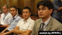 Максат Кошоев (оңдон биринчи) кыргызстандык ишкерлердин дүйнөлүк форумунда. 30-август. 2013-жыл. Стамбул, Түркия.