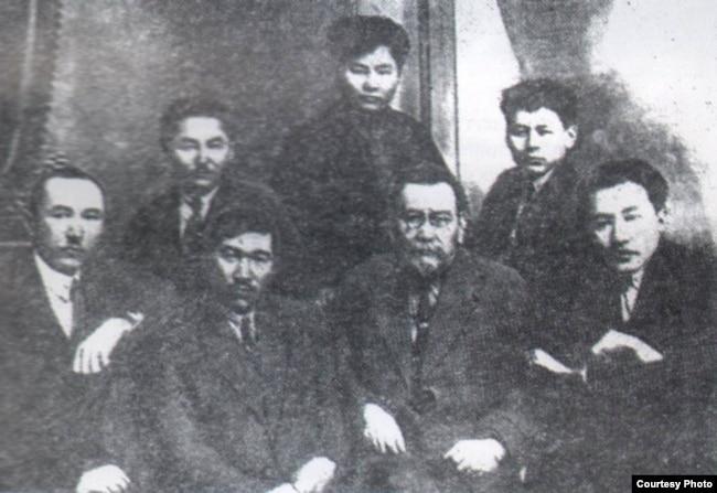 Реферат На Казахском Ахмет Байтурсынов
