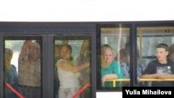 Moldova - Bus, people, Chisinau, 15Aug2009