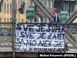 Poruka podrške u Sarajevu ministru Emiru Suljagiću oko vjeronauke, maj 2011.
