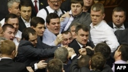 Драка между депутатами Верховной Рады Украины. Киев, 19 марта 2013 года.