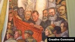 """Фрагмент картины мексиканского художника Диего Риверы. В центре коммунистического """"пантеона"""" - Лев Троцкий"""