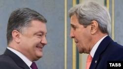 Петр Порошенко и Джон Керри. Киев, 7 июля