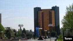 Azerbaijan -- National Bank of Azerbaijan, 07May2005