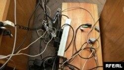 Власти начали разбираться с правозащитниками с их компьютеров и стульев