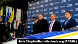 Під час презентації нової поліції у Житомирі провели пікет проти Авакова
