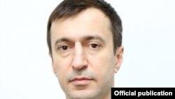 Министр Хасбулатов Осман