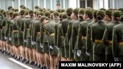 Жаночае вайсковае злучэньне на парадзе, Менск, 3 ліпеня 2018