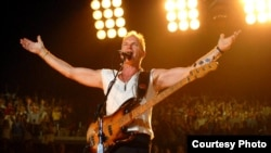 Tatarstan -- British singer Sting performs on stage, 2011