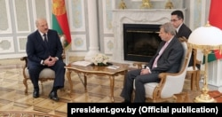 Аляксандар Лукашэнка і Яганэс Ган
