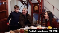 Володимир Лук`янов з онуком Артемом