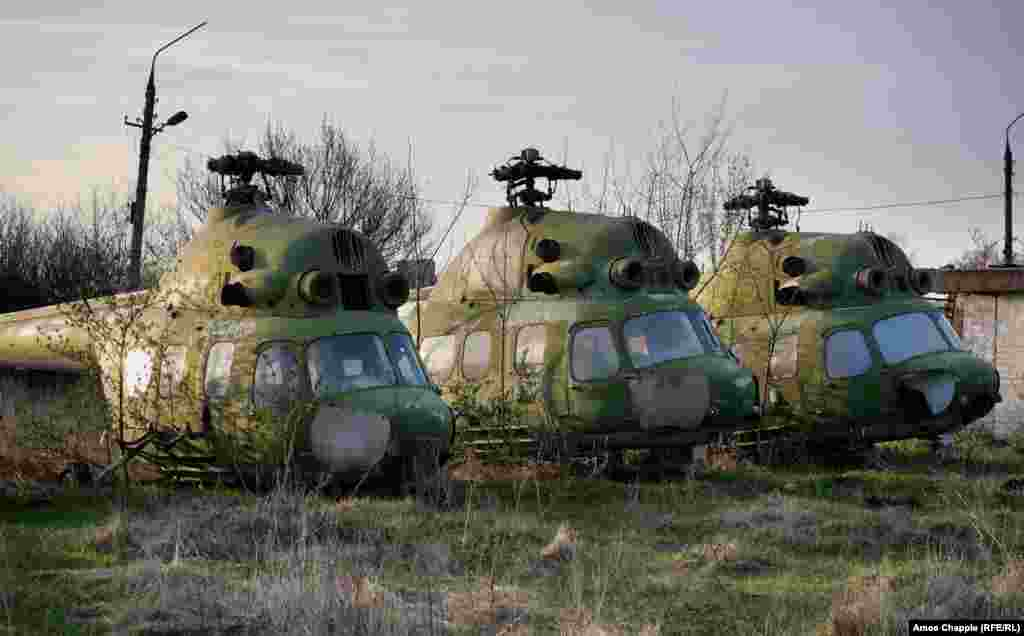 ...and a handful of Mi-2 helicopters were all left to the elements.