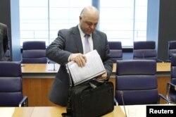 Міністерство фінансів далі очолює міністр попереднього уряду Йоргос Заніас