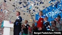 Алексей Навальный өз жақтастарының жиынында. Мәскеу, 24 желтоқсан 2017 жыл.