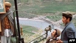 ارشیف، کونړ کې یو شمېر افغان مجاهدین، د ۱۹۸۰ کال د فبروري ۲۷مه.