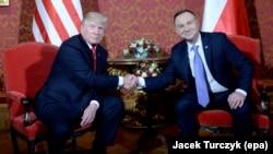 АҚШ президенти Доналд Трамп ва Польша президенти Андрей Дуда