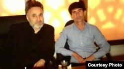 Sulaymon Qayumov (sağda) Umarali Quvvatov-un qətlindən dərhal sonra yoxa çıxıb.