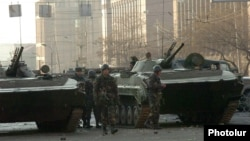 Armenia - Armenian army soldiers are deployed on a street in Yerevan where security forces clashed with opposition protesters, 2 March 2008.