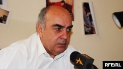 Мало кто надеется, что Михаил Саакашвили утвердит кандидатуру Колбая, но отсутствие подписи президента не помешает ему выполнять свои обязанности