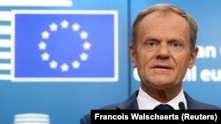 «При тому, що до 29 березня залишається 17 днів, сьогоднішнє голосування суттєво підвищило ймовірність «Брекзиту» без угоди», – сказав речник президента Європейської ради Дональда Туска