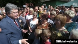 Ukrainian President Petro Poroshenko visited the Lviv region on August 18.
