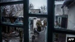 Проросійські сепаратисти поблизу міста Дебальцеве, 28 січня 2015 року
