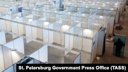 В конце апреля в Петербурге еще заканчивали переоборудование выставочного комплекса «Ленэкспо» под ковидный госпиталь