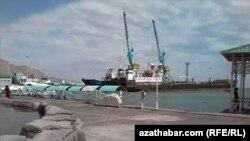 Порт Туркменбаши