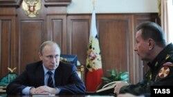 Президент России Владимир Путин и глава Национальной гвардии Виктор Золотов