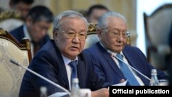 Абдыганы Эркебаев на встрече с президентом, 20 ноября 2018 года.