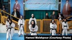 İranda qadın idmançılar, arxiv fotosu