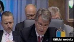 Віктор Ющенко під час виступу на саміті держав Центральної Європи, Новий Сад, 19 червня 2009 р.