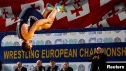 Список санкций, которые представители дисциплинарного антидопингового комитета могут применить в отношении спортсменов и всех лиц, причастных к допинговому скандалу, достаточно длинный