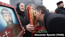 Церемония открытия памятника Ивану Грозному в Орле