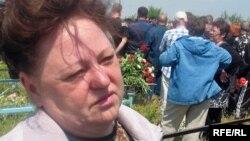 """""""Шахтерлер отбасы"""" қоғамдық бірлестігінің төрайымы Наталья Томилова. Шахтинск, Қарағанды облысы, 1 маусым 2009 жыл."""