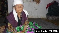 Жительница села Базар-Какпа в Южно-Казахстанской области. Иллюстративное фото.