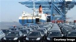 صادرات خودرو از ایران در حدود ۲۵ درصد کاهش یافته است.