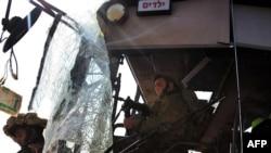 Обстрелянный автобус в Израиле