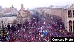 Народне віче на майдані Незалежності, 1 грудня 2013 року