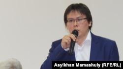 Жанболат Мамай антиеуразиялық экономикалық форум сөйлеп тұр. Алматы, 22 мамыр 2014 жыл.