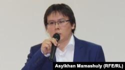 Гражданский активист и журналист Жанболат Мамай.