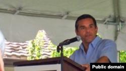 Градоначалникот на Лос Анџелес Антонио Вилараигоса.