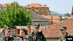Paqeruajtësit e KFOR-it në Mitrovicë