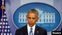 Президент США Барак Обама делает заявление для прессы