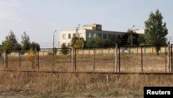 Склад военной техники на окраине города Богучар.
