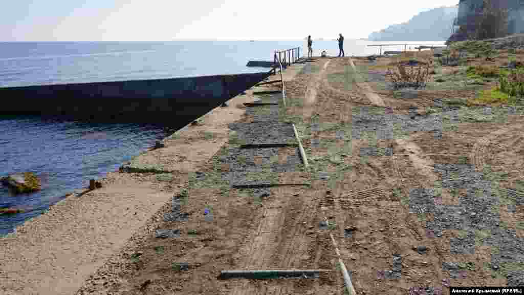 Аварийная прибрежная зона на границе Малого Маяка и Утеса