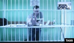 Олег Навальный по видеосвязи из СИЗО перед рассмотрением жалобы на приговор